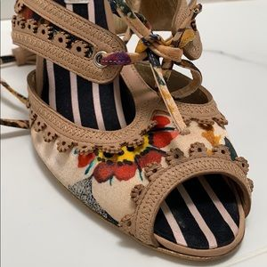 Shoe size 40 (size 10) Christian Lacroix